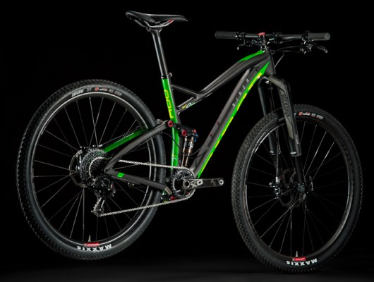 Brad Cole rides the Niner AIR9 on the Wasatch Crest Trail